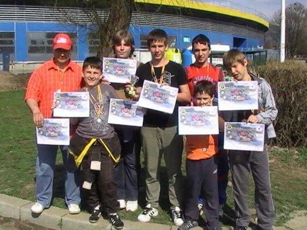 Karting:elevii lui Mille colecţionează medalii