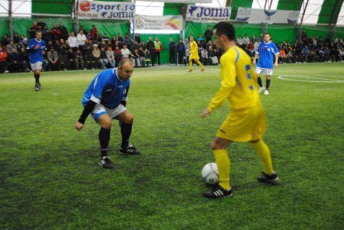 Minifotbal:etapa a III-a