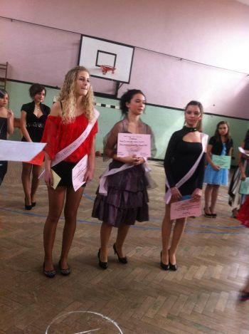 Miss Fotomodel  la Şcoala Altfel