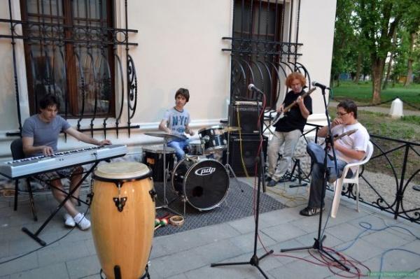 O sâmbătă muzicală