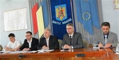 Prefectul avertizează funcţionarii publici: fără politică la birou