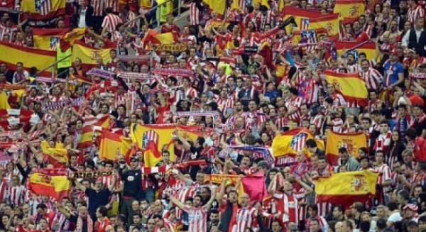 Suporterii spanioli au umplut buzunarele comercianţilor, iar cerşetorii au făcut şi 700 de euro într-o zi