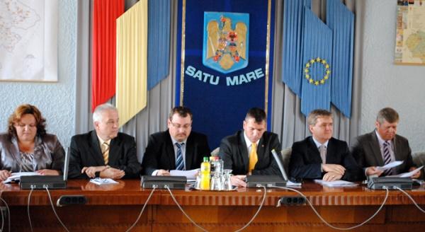 Prima şedinţă a Consiliului Judeţean.Comisiile de specialitate