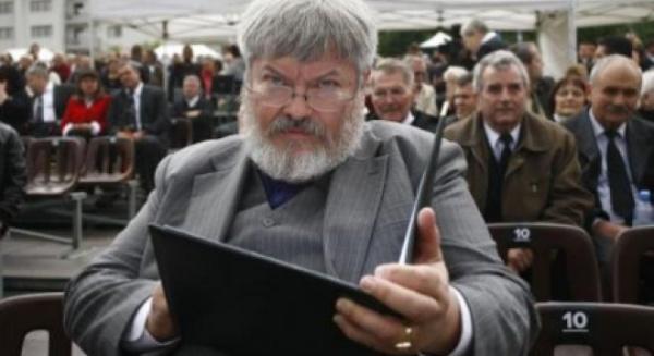 Ministrul ungar al Culturii, implicat în iniţiativa reînhumării poetului Jozsef Nyirö, a demisionat