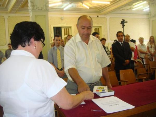 Consilierul Visnyai Csaba renunţă la mandat