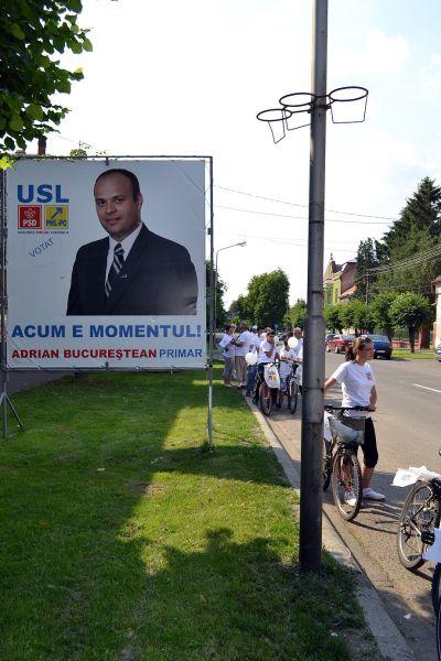 Marşul USL cu bicicletele pentru Adrian Bucureştean Primar
