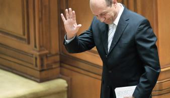 Băsescu a reconstruit sistemul şi practicile fostei Securităţi