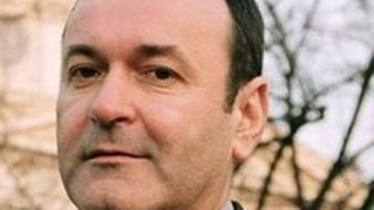 "Dezvăluiri: corespondentul ""Le Monde"", Mirel Bran,abonat la banii ICR"