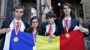 Elevii români au câştigat patru medalii la Olimpiada Internaţională de Chimie