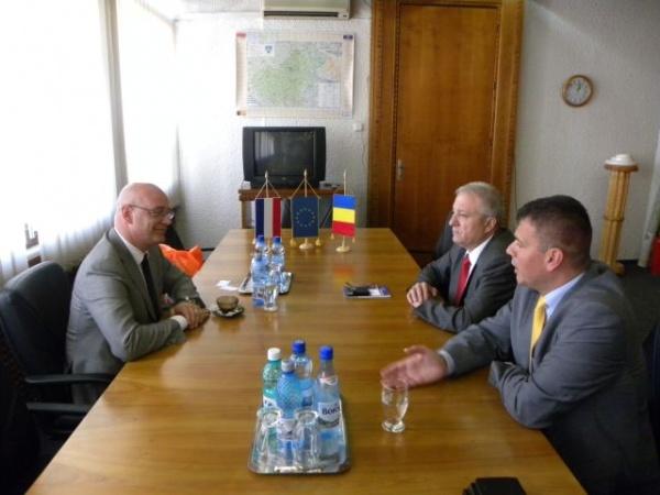 Consulul onorific al Olandei a promis sprijin pentru aducerea de investitori în judeţul Satu Mare
