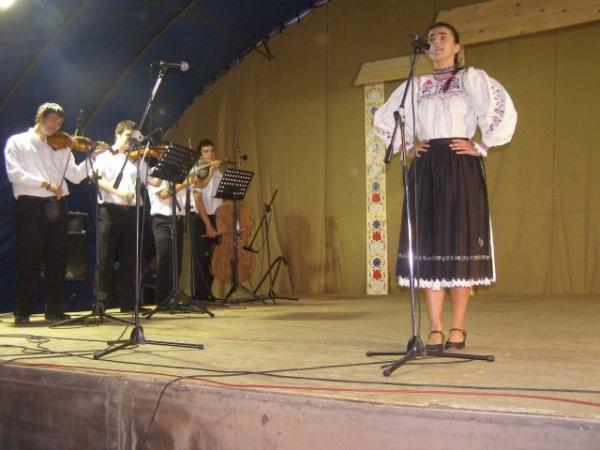 Seară de folclor românesc la zilele careiene