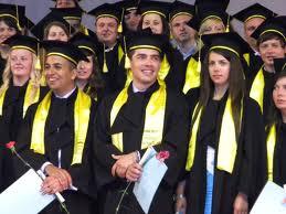 Cei mai căutaţi absolvenţi de facultate in următoarele 6 luni