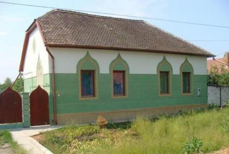 Sute de români care după 2007 şi-au cumpărat case în Ungaria vor să le vândă din cauza crizei