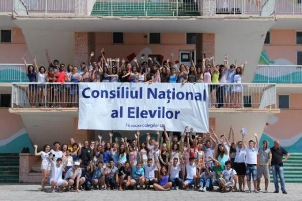 Consiliul Naţional al Elevilor condamnă acţiunile de discriminare din rândul liceenilor din Covasna