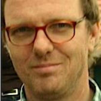 """După ce ne-a jignit în """"Der Spiegel"""", Keno Verseck îşi bate joc de România şi în """"Deutsche Welle"""""""
