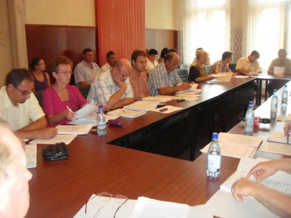Consilierii UDMR mai îndatorează oraşul cu 2 milioane de euro