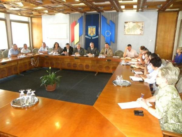 Şedinţă a Comisiei tehnice judeţene Satu Mare pentru pregătirea alegerilor parlamentare