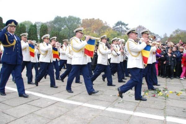 """Marş de reconstituire istorică a eliberării Sătmarului cu participarea Diviziei 4 Infanterie """"Gemina"""", Batalionului 53 Geniu """"Tisa"""" și  Regimentului 317 ISR """"Vlădeasa"""""""