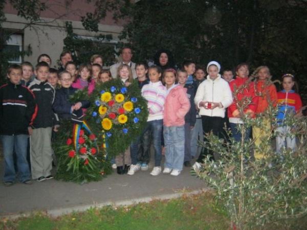 Cinste ostaşilor români