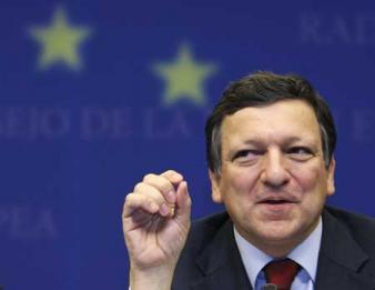 Corupţii lui Barroso, plătiţi gras şi după demisie