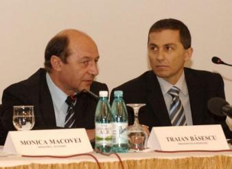 Ponta: Băsescu şi Morar au creat şi folosit monstrul stenogramelor, acum se întoarce împotriva lor