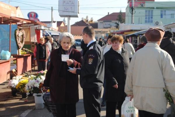 Poliţişti în acţiune pentru siguranţa cetăţenilor