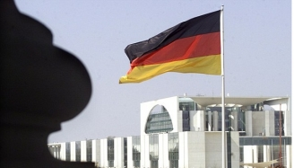 Germania îşi internează bătrânii în lagăre