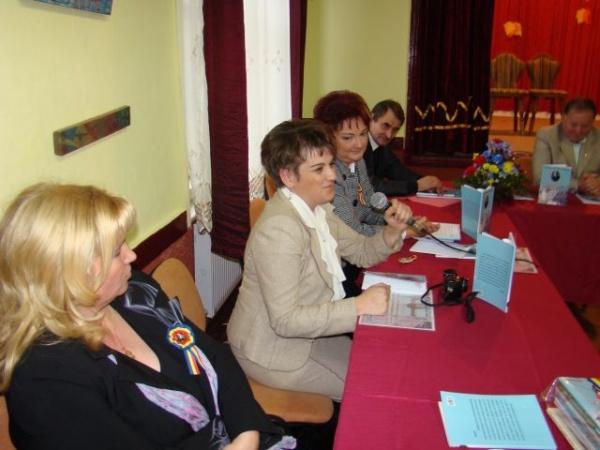 Lansare de carte.Nume sonore ale învăţământului românesc careiean