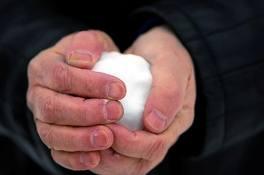 Mâinile şi frigul