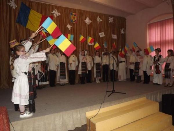 Ziua Naţională sărbătorită la Şcoala Gimnazială nr.1