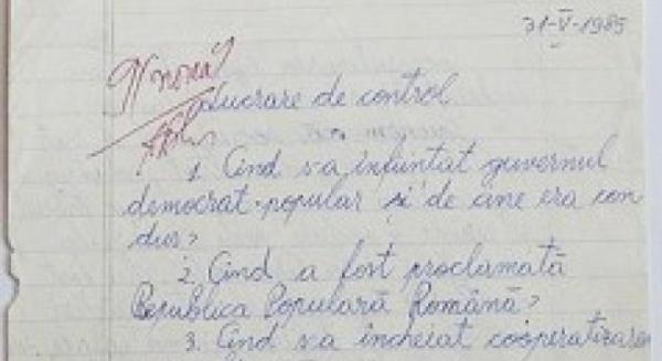 Profesorii NU vor mai avea voie să corecteze lucrările cu ROŞU
