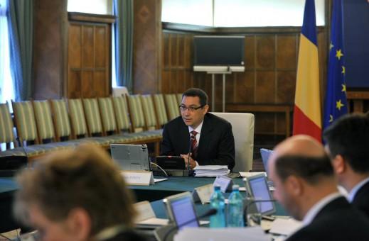 Guvernul a adoptat ordonanţa privind taxele locale