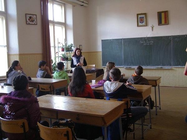 Şcoala Vasile Lucaciu îşi evocă patronul spiritual
