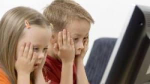 Ştii să-ţi protejezi copilul de riscurile internetului?