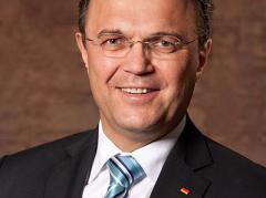 Ministrul Friedrich, criticat de colegii de guvernare: românii nu sunt o povară pentru sistemul german de asigurări sociale