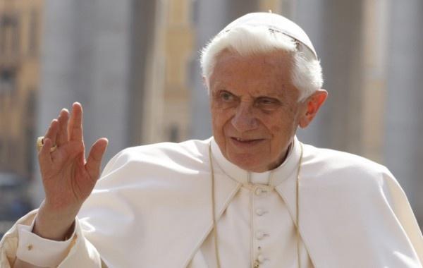 Oradea, singurul oraş străin salutat de Papă