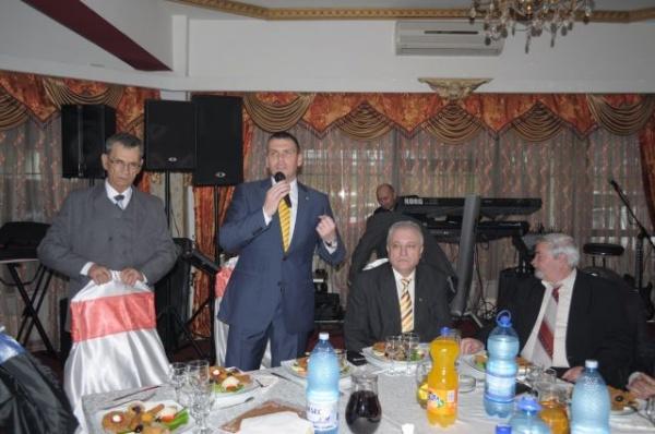 Asociaţia Pensionarilor petrece de 8 Martie