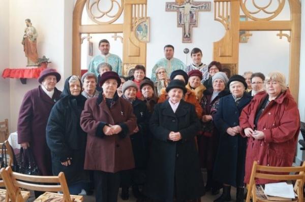 """Reuniunea Mariană """"Regina Păcii"""" a aniversat 15 ani de existenţă"""