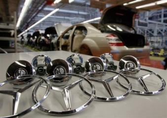 Mercedes vine cu 300 de milioane de euro în România