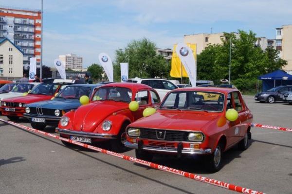Maşini de epocă la Expo Fabricat  în Satu Mare