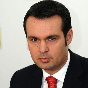 Primarul Cherecheş a primit bani de la reprezentanţii a cinci firme pentru a le favoriza în procedurile de achiziţie publică