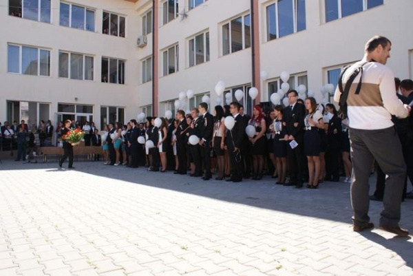 Peste 2.800 candidaţi înscrişi la BAC 2013.Calendarul examenelor