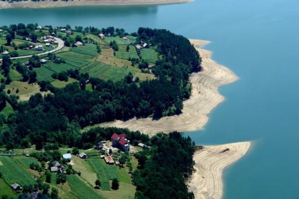 Invitatie la Ziua Lacului Izvorul Muntelui