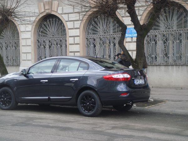 Gabriel Oprea și-a cumpărat Audi A8 din banii de operațiuni secrete ale DGIPI. Primarul Kovacs şi-a luat Renault din banii Fundaţiei de turism local