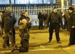 Bătaie intre suporteri in Bucureşti: Cinci unguri şi un român, reţinuţi!