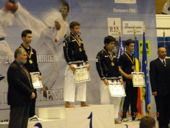 Karate:argint la campionatul national