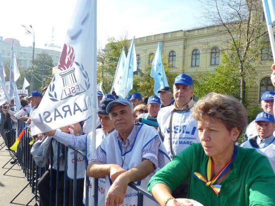 15000 de profesori vor ieşi în stradă de 1 iunie