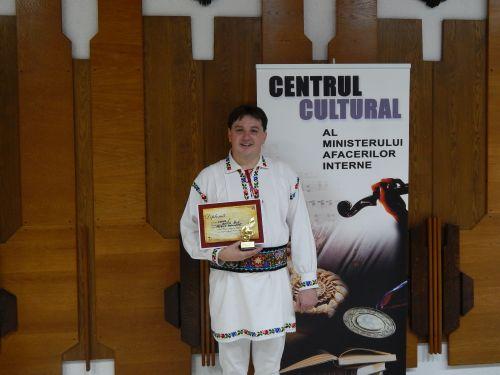 Jandarm sătmărean desemnat cel mai bun interpret la Festivalul Naţional al Artiştilor Amatori din cadrul MAI