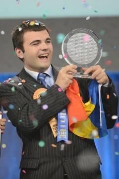 Un român, între primii 10 cei mai influenţi tineri din lume, în 2013 – Time