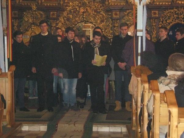 Colinzi la Biserica Sf.  Arhangheli Mihail și Gavril